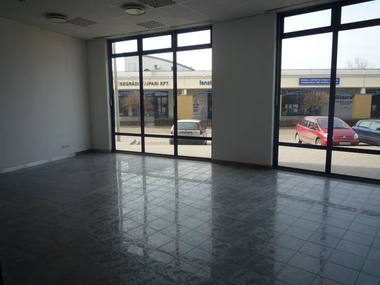 Home Center üzlethelyiségek
