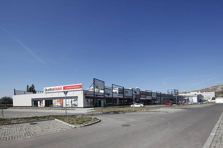 kiadó üzlethely, üzlethely kiadó Budaörs KORZO Shopping Centrum